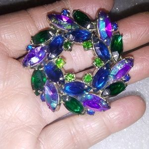 Jewelry - Vintage blue pin